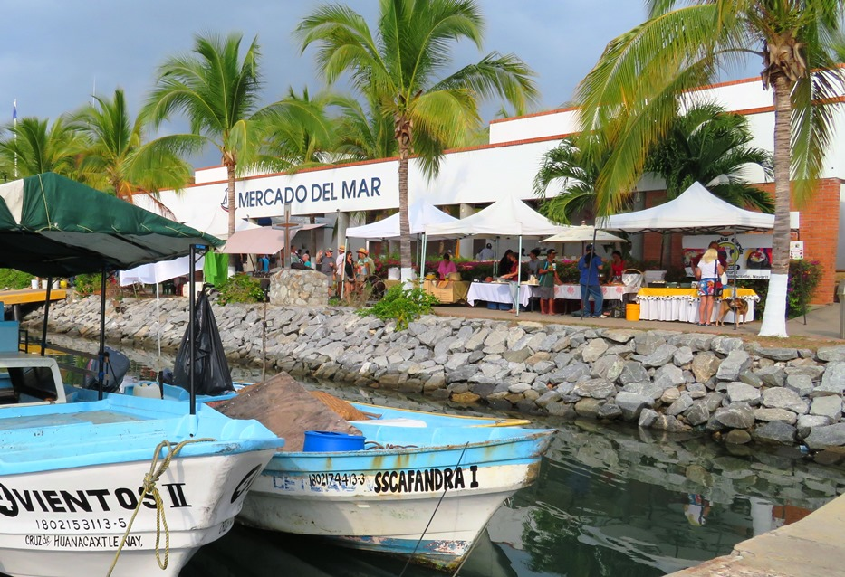 la-cruz-market