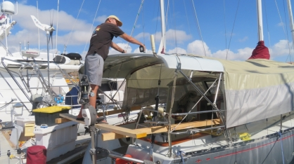 10 days in the San Carlos Marina was packed with maintenance projects such as removing the four solar panels from the bimini and repainting it along with the hard dodger. Had to apply paint at 8:00 am before it got too hot to flow. Of course the local OSHA office approved the scaffolding.