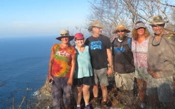 Scott and Gail along with other cruisers from the Barra de Navidad lagoon anchorage hiked up to the the light house and were rewarded with a breath taking view up and down the coast. Just don't look down.